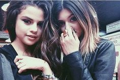Kylie Jenner and Selena Gomez Are now Friends Again #KrisJenner, #SelenaGomez
