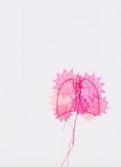 mrswhite-gotafright:  Lisa Solomon: Lung and Brain Doilies (via: Anatomy UK)