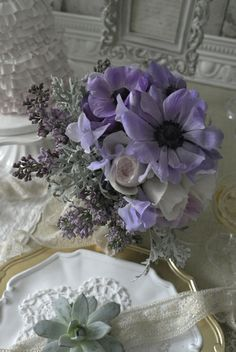 sugar pink , lila and silver color Bouquet