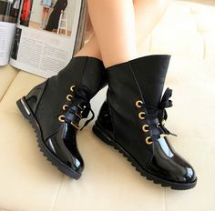 coolest boots ever. dream shoes Nia Blk – LilacShade- shiny black boots with laces