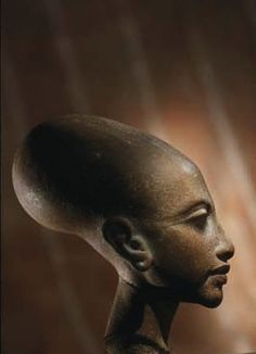 "Princess daughter of Akhenaton and Queen Nefertiti Amarna Period. (18th Dynasty) She looks a lot like her mom, the ""real"" Queen Nefertiti."