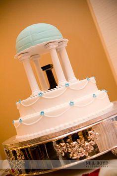 Old Well wedding cake.  UNC cake.    Chapel Hill, NC Weddings.  UNC wedding.