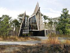 NADAU LAVERGNE ARCHITECTS • Smith Haut-Lafitte Winery, 2012 • http://www.nadaulavergne.com