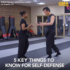 5 self-defense moves everyone should know from the founder of SHIELD Women's Self Defense System in Los Angeles California. 5 self-defense moves everyone should know from the founder of SHIELD Women's Self Defense System in Los Angeles California. Self Defense Moves, Self Defense Martial Arts, Self Defense For Women, Krav Maga Self Defense, Self Defense Weapons, Martial Arts Women, Martial Arts Techniques, Self Defense Techniques, Krav Maga Techniques