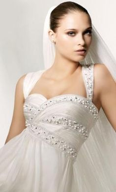 Manuel Mota Samba 1360316: buy this dress for a fraction of the salon price on…