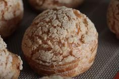 Chou pastry by Christophe Adam – Casserole & Chocolat Cracklins Recipe, Christophe Adam, Choux Pastry, Puff Pastry Recipes, British Baking, Eclairs, Mets, 3 Ingredients, Cooking Time