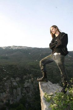guys with long hair Sexy Casual Outfits, Nice Outfits, Memes Arte, Hair Metal Bands, Draw On Photos, Metalhead, Death Metal, Cute Guys, Hard Rock