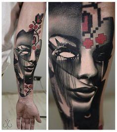 Tatouage réalisé par Timur Lysenko