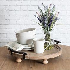 Updating rustic materials with contemporary design, Kate and Laurel's Bruillet Serving Tray coordinates with the modern farmhouse decorating style. The wood tray is accented with bun feet and metal rail handles. Kitchen Island Centerpiece, Kitchen Countertop Decor, Table Centerpieces For Home, Kitchen Tray, Farmhouse Kitchen Decor, Modern Farmhouse, Kitchen Ideas, Centerpiece Ideas, Kitchen Reno