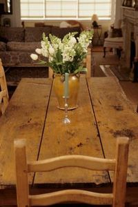 eHow directions on making a plank-style dining table