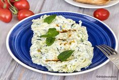 Potato Salad, Dairy, Potatoes, Cheese, Chicken, Ethnic Recipes, Food, Blue Prints, Red Peppers