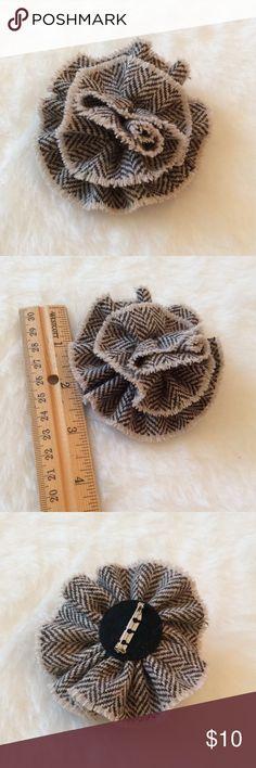  herringbone FALL flower pin   Brand 🆕. Herringbone Fall Flower Brooch. So Chic!                                                      ➖PRICE FIRM ((unless bundled))➖ Boutique Jewelry Brooches