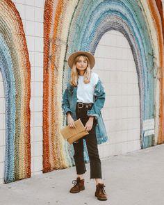 """356 Likes, 28 Comments - Melissa Soto (@_melisoto) on Instagram: """"Hey Sunday #urbanteefamily #uoonyou . . . . . . . #fashion #fashionista #fashionblogger…"""""""
