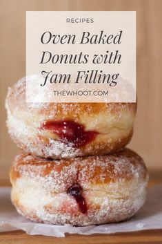 Baked Cinnamon Donuts With Jam Filling kuchen ostern rezepte torten cakes desserts recipes baking baking baking Baked Donut Recipes, Sweets Recipes, Just Desserts, Jam Doughnut Recipe, Jam Donut, Easy Baking Recipes, Baking Snacks, Apple Fritter Recipes, Beignet Recipe