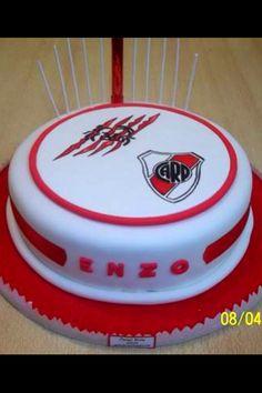 Torta de River Plate Cupcakes, Cupcake Cakes, Sport Cakes, Ideas Para Fiestas, Alcohol, Plates, Candy, Simple, Torta River