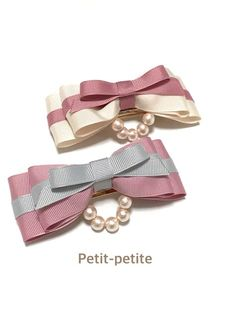 再販!バレッタサイズ追加!コットンパールとマリンカラーリボンバレッタ☆ Ribbon Hair Bows, Diy Hair Bows, Diy Bow, Lace Bows, Baby Girl Hair Accessories, Diy Accessoires, Hair Bow Tutorial, Handmade Hair Bows, Barrettes
