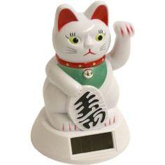 Chinese waving cat will bring you luck. #manekineko