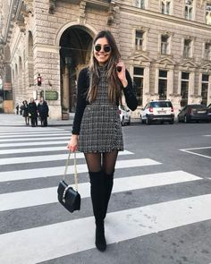 Paris Outfits, Winter Fashion Outfits, Mode Outfits, Women's Summer Fashion, Skirt Outfits For Winter, Fall Fashion, Formal Winter Outfits, New York Outfits, Dresses In Winter