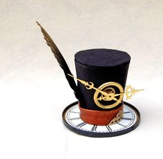 Tiny Steam Punk Time Traveler - Gold Brass Clock Watch Hat