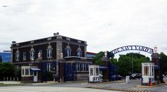 The Navy Yard Philadelphia .