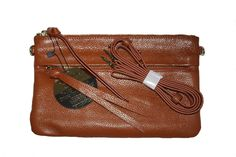 Mighty Purse Luxe X Body Bag. Kleur: Brown. www.belifestyle.nl