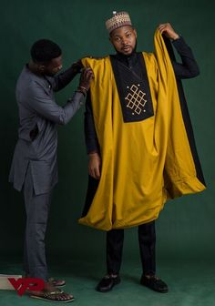 Agbada for african outfit/hand made/wedding outfit/black and gold/ model africain pour homme, tunique,boubou +pantalon African Shirts For Men, African Dresses Men, African Attire For Men, African Clothing For Men, Latest African Fashion Dresses, African Men Fashion, African Wear, Mens Fashion, Ankara Fashion