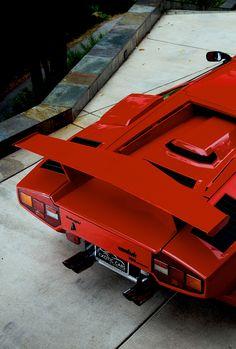 #Lamborghini #Countach