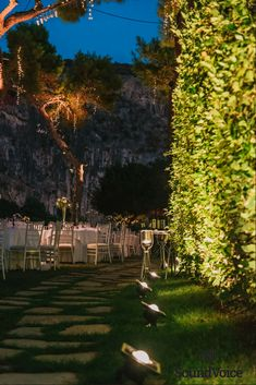 Outdoor Venue Decoration for a Romantic Wedding!  Discover More in Our Profile!  #outdoor_wedding_inspiration, #wedding_venue_decoration_ideas, #wedding_lighting, #SoudVoiceGR Fairy Lights Wedding, Wedding Lighting, Destination Wedding, Wedding Venues, Floral Wedding Decorations, Outdoor Wedding Inspiration, Outdoor Venues, Elegant Wedding, Dolores Park