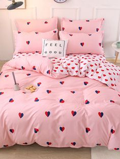To find out about the Allover Heart Print Sheet Set at SHEIN, part of our latest Bedding Sets ready to shop online today! Girl Bedroom Designs, Room Ideas Bedroom, Bedroom Furniture, Bedroom Decor, Luxury Bedding Sets, Bed Sets, Home Living, Dream Rooms, Girl Room
