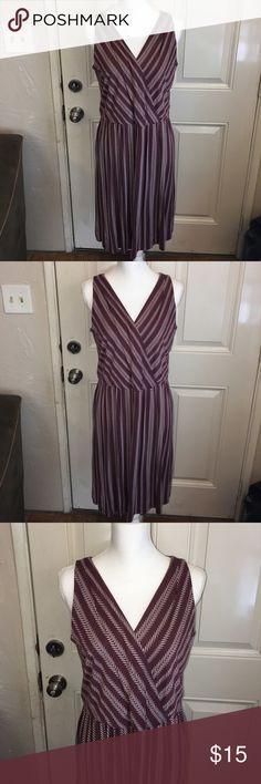 Loft Dress Size Medium Tall Like new burgundy Loft Dress Size Medium Tall LOFT Dresses Midi