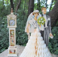 Wedding Decoration Honeycomb Bride and Groom Vintage 50s Art