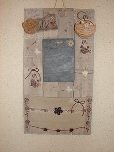 tableau mémo de cuisine en matériaux recyclés bois et ardoise