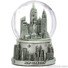 New York City Snow Globe (Medium Size)