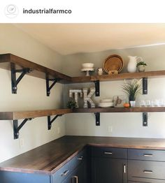 Fantastic modern kitchen room are readily available on our web pages. Read more and you will not be sorry you did. Home Decor Kitchen, Kitchen Furniture, New Kitchen, Diy Home Decor, Awesome Kitchen, Furniture Nyc, Furniture Removal, Apartment Kitchen, Cheap Furniture