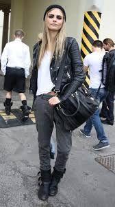 Cara Delevingne Street Style Looks Grunge Fashion, Look Fashion, Street Fashion, Autumn Fashion, Milan Fashion, Rock Style Fashion, Mode Style, Style Me, Black Style