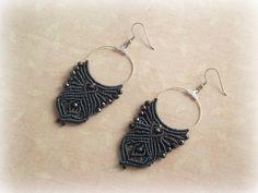 Macrame hoop earrings Wings blue denim di TheItalianCraftShop