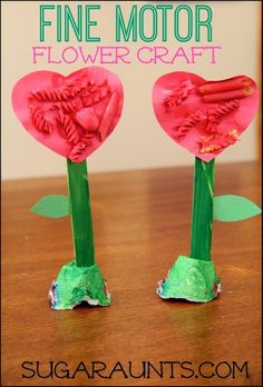Fine Motor Spring Flower - Kids will practice fine motor skills when creating this spring flower