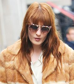 If you have a longer face than usual, the wider glasses, also known as aviator frames, are definitely for you. Since they are wide, they will make your long face appear shorter and wider Here are 15 best type of eyeglasses frame for oblong face shape. Ray Ban Sunglasses Sale, Trending Sunglasses, Sunglasses Women, Prada Sunglasses, Sunnies, Versace Eyewear, Versace Glasses, Celebrities With Glasses, Oblong Face Shape