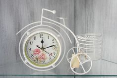 WHITE SHABBY CHIC VINTAGE STYLE BICYCLE COUNTRY ROCOCO RUSTIC TABLE TOP CLOCK