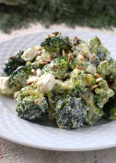 Raw Food Recipes, Salad Recipes, Healthy Recipes, Cooking Recipes, Appetizer Salads, Appetizer Recipes, Feta, Cabbage Recipes, Slow Food