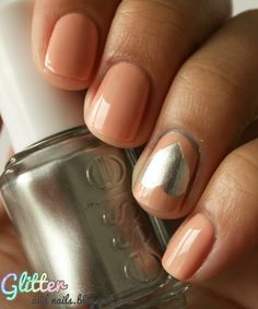 Glitter and Nails: Abricot, Cœur, Chrome & Scotch : Essie No Place Like Chrome + A Crewed Interest #nails