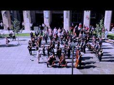 Huge symphonic & choir flashmob - Budapest, Hungary - Bánk Bán's Aria, My homeland, my homeland - YouTube