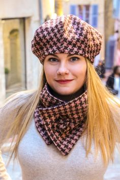 Hat Patterns To Sew, Hat And Scarf Sets, Checked Scarf, Plaid Fabric, Mode Style, Sewing Clothes, Wool Sweaters, Hats For Women, Caps Hats