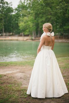 the  backless view of this pretty http://www.amsale.com/ dress  Photography by spindlephotography.com