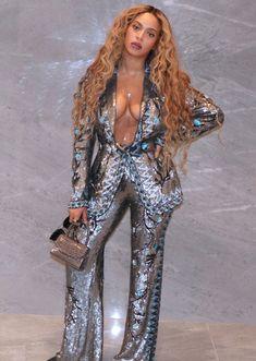 Beyonce Fans, Beyonce Style, Beyonce And Jay, Beyonce 2013, Beyonce Music, Beyonce Blonde, Rihanna, Estilo Beyonce, Beyonce Pictures