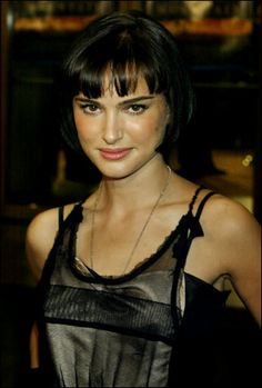 natalie portman - love the dark hair