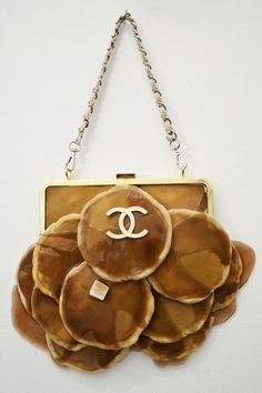 Bagel Handbags and 'Matzochism' Star in Chloe Wise's Carb-Filled New Art Show | The Creators Project