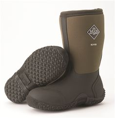 Kids' boots that are puddle proof! Keep your kids warm and dry all year round with all weather boots from The Original Muck Boot CompanyⓇ Kids Muck Boots, All Weather Boots, Neoprene Rubber, Stylish Boots, Rubber Material, Designer Boots, Children, Gifts, Shoes