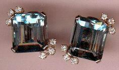 ca. 1960 paire de boucles d'oreilles aigue Marine agrémentées de diamant taille brillants sertis sur latine