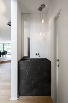 Interior design modern villa in Wechelderzande - HOOG.design - Exclusive living inspiration in the United Kingdom Arch Interior, Interior Exterior, Modern Interior Design, Interior Architecture, Minimalist Toilets, Minimalist Bathroom, Bad Inspiration, Bathroom Inspiration, Boho Bathroom